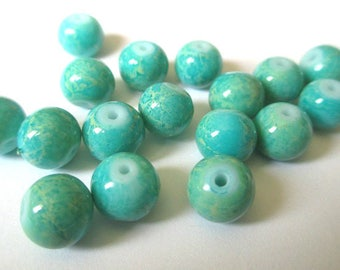 10 blue Emerald beads marbled cream 8mm (H 38)