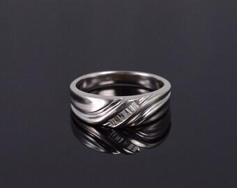 10k Diamond Inset Baguette Mens' Wedding Band Ring Gold