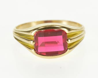 10k Retro Ruby* Opposed Bar Grooved Accent Ring Gold