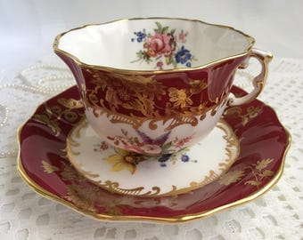 Gorgeous Hammersley China Tea Cup and Saucer, Artist Signed F. Howard, Hand Painted Floral with Gold Gilding and Trim, Imperfect