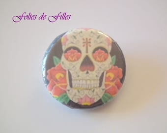 Badge Mexican skull with roses