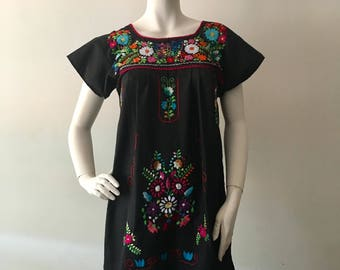 TEHUACAN DRESS, Mexican Hand Embroidered DRess, made in Mexico, Boho dress, Beach Dress, Vintage DRess, Pregnant Dress,