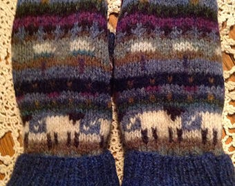 100%Wool Up-cycled sweater mitts with fleece lining