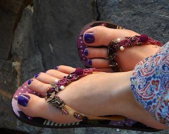 Customized flip flops macramé and butterflies