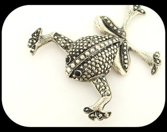 Vintage Designer Huge Articulated Frog Textured 925 Sterling Silver With Onyx Eyes BROOCH