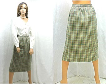 Vintage 70s plaid wool skirt M 1970s high waisted winter wool skirt size 8 / 9 retro mod high waist wool skirt SunnyBohoVintage