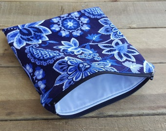 Sandwich and snack bag, makeup bag, wet bag, reusable bag, food bag, zip sandwich bag, lunch bag, black and blue, cosmetic bag, mama cloth