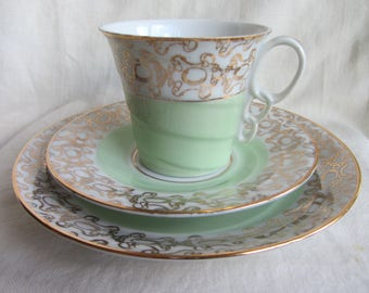 Vintage porcelain Art Deco trio c 1930's, tea party, bridal shower, Czchecoslavakia. Tea cup saucer & plate  green and gold chintz.