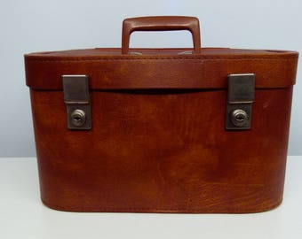 Very Stylish Tanned Leather Vanity Case / Suitcase / Overnight Case - 1960s - - British Made Very Retro!