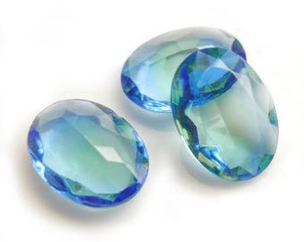 Vintage two toned rhinestone, blue&green, un-foiled, oval, 18x13 mm - 2 pcs