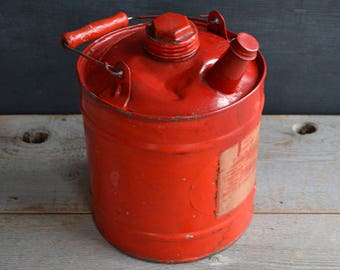 Vintage Gasoline Can   Mid Century   Red 1 Gallon Can   Garage Collectible   Industrial