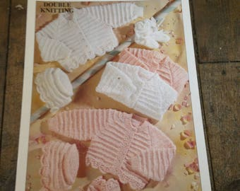 Vintage 1970's  Knitting Patterns Patons Double Knit - Newborn cardigans  in Good Condition