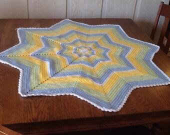 Crochet baby star afghan