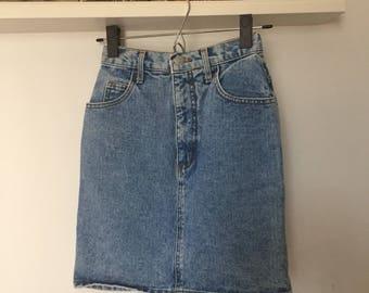 90s GUESS Denim Mini Skirt