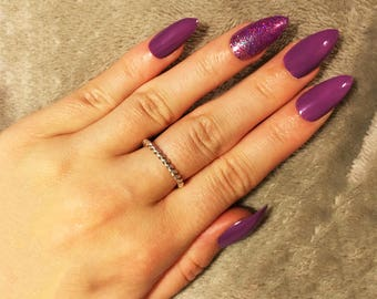 Purple False Nails with Glitter Accent Nail, Beautiful Hand Painted Nail Art, Set of 24 Fake Nails