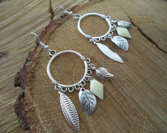 Hoop earrings Silver earrings with white sequin and silver leaves