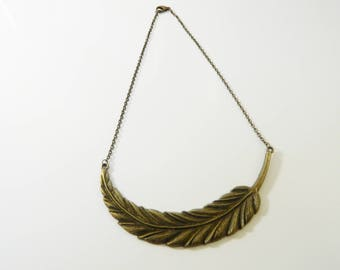 Necklace bronze feather Choker