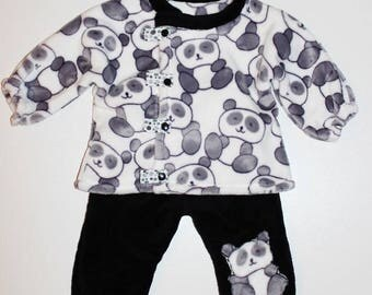 """Set 2 pieces """"Pandas"""" pants and jacket in minkee blanket child/baby size 6/12 months."""