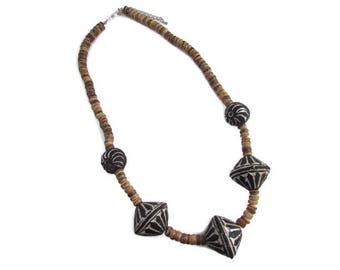 Collier noir, collier marron, collier perle, collier bois, collier ethnique, collier femme, cadeau femme, perles bois