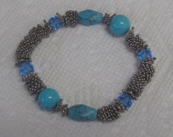 Beautiful blue stones with silver spacers bracelets