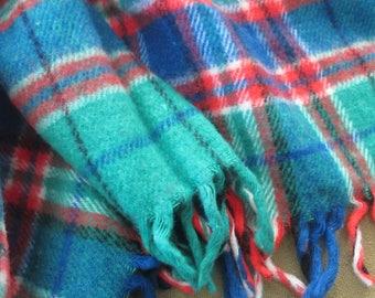 Blanket wool tartan plaid vintage green red blue black white
