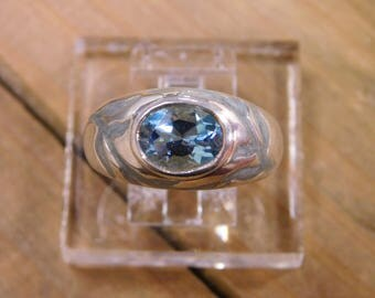 Sterling Silver Topaz Ring Size 10.25