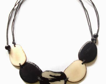 Colombian necklace