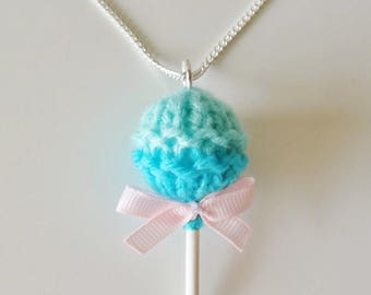 Lollipop shaped pendant comes with chain