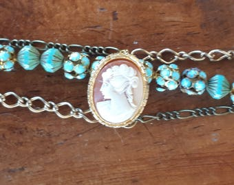CAMEO BRACELET With Chain beads