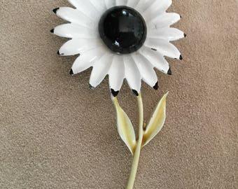 1960's Groovy Hippie Enamel Flower Brooch Pin