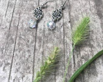 celestial•flower earrings.