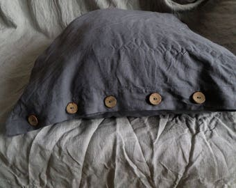 Shabby Chic Linen Pillow Sham with coconut buttons Luxury Linen Bedding Natural linen pillow case Wedding Gift Euro Sham Covers Queen size