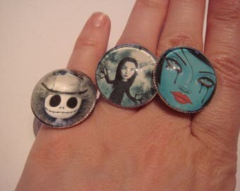 ring cabochon out of glass in the Gothic spirit, Mr Jack