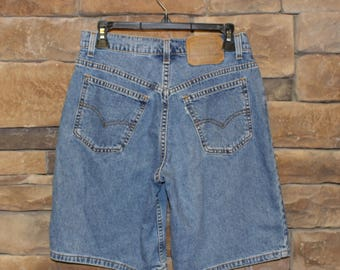 Vintage Levi's 950 High Waisted Jean Shorts   White Tab   Women's Size 6   Made in USA  Stonewash