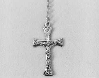 """Vintage Italian .925 Sterling Silver Crucifix with SS Centerpiece and link chain, 1 1/4"""" crucifix with 16"""" SS link chain"""