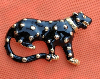 Vintage Black & Gold Cat/Cheetah Brooch