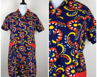 Vintage Womens 1970s Blue, Orange, Yellow and Red Psychedelic Print Button Front Housecoat or Mini Dress | Size XL
