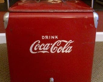 1950's Coca Cola Cooler Excellent Condition