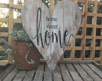Home sweet home,Pallet wood,Heart Wall Decor,Family quote,farmhouse sign,home sign,Family wood sign,gallery wall sign,pallet wood art