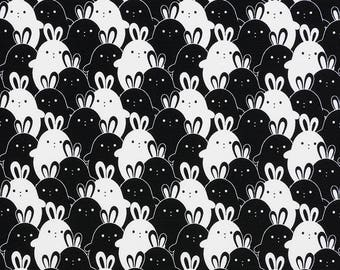 Rabbit fabric, jersey black and white. SK148