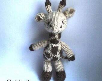 Pre order. Knitted baby giraffe for baby, newborn photo props, handmade toys