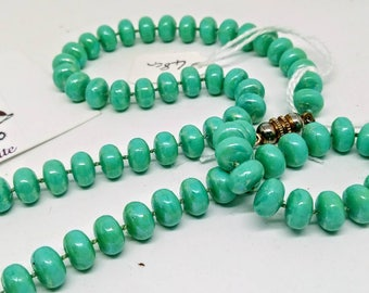 48cm vintage 1980s necklace, plastic necklace, bead necklace, green beads, pearlescent turquoise beads, vintage necklace, turquoise necklace