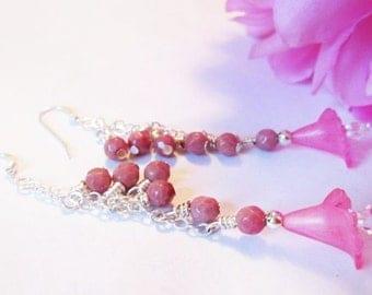 Calla-lily Flower Bead Earrings, Floral Bead Earrings, Sale Beaded Jewelry, Gemstone Earrings, Bridesmaid Gift, Pink Earrings Thank You Gift