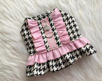 Dog harness, dog clothes, puppy harness, puppy dress, Dog dress, dog clothes, puppy clothes, houndstooth, Chanel