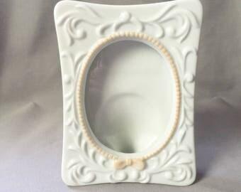 Ceramic Photo Frame // Ceramic Picture Frame // Pink Frame // Vintage Home Decor // Vintage Picture Frame