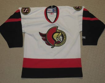 NHL Vintage 90s Ottawa Senators Hockey Sewn Stitches Jersey Youth Large CCM (***Free Shipping in USA & Canada***)(Or Best Offer)