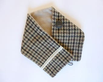 Collar gashes snood wool houndstooth lace and vintage button