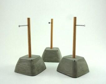 Concrete Ring Holder