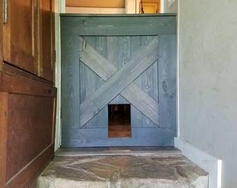 Half barn door gate with built in cat door