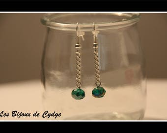 Earring chain and emerald green faceted bead